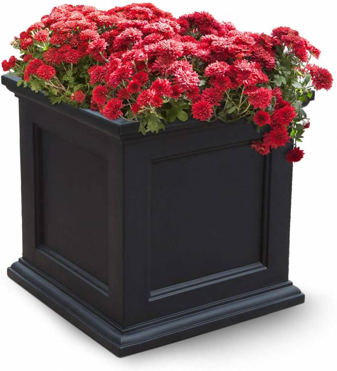 Mayne Fairfield 5825B Patio Planter, 20-Inch, Black