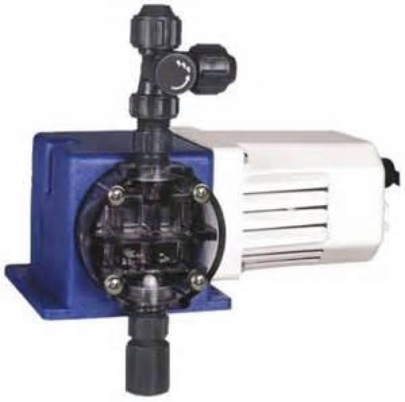 X030 XC AAAAXXX:PULSATRON Pulsatron Chemtech 100 Metering Pump 230 Pulsatron Chemtech Series 100 Diaphragm Metering Pump