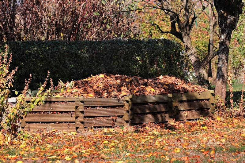 Different uses of compost