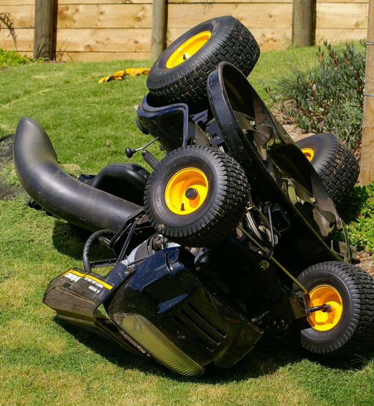 Can you Tip a Riding Lawn Mower on the Side